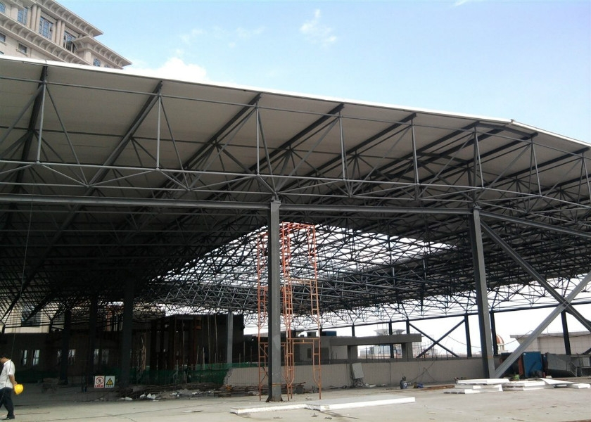 钢结构改造与加固